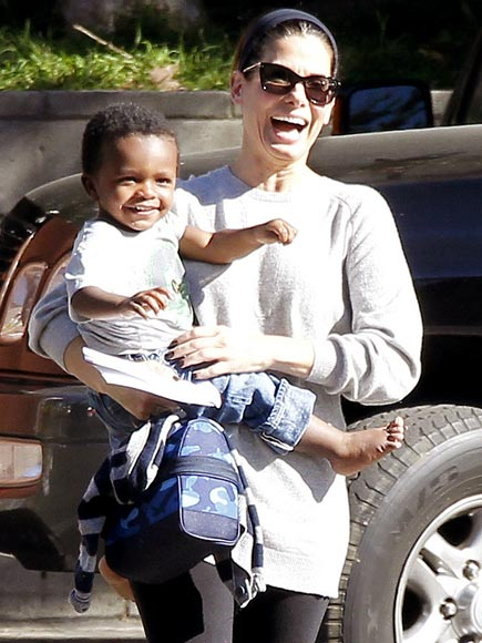 Sandra Bullock and son Louis | Nezhawya's BLOG
